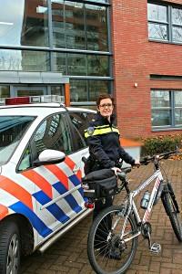 foto wijkagent georgette Kloof
